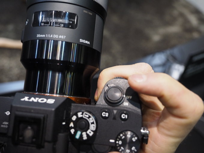 Hands On Images Of Sigma Fe Lenses On Sony Mirrorless