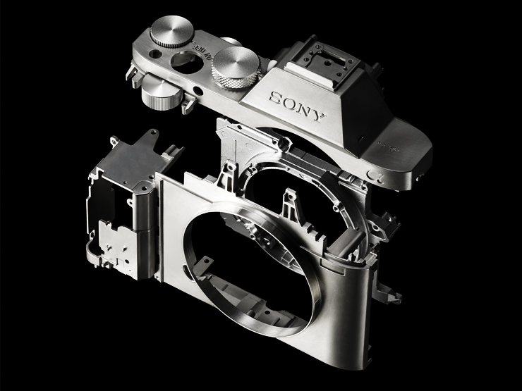 Rumors: Basic Specs of Sony High-end APS-C Mirrorless Camera